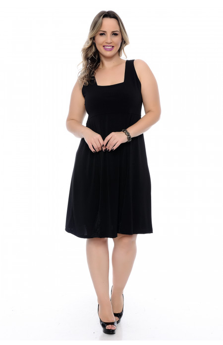 Vestido Plus Size Evasê All Black