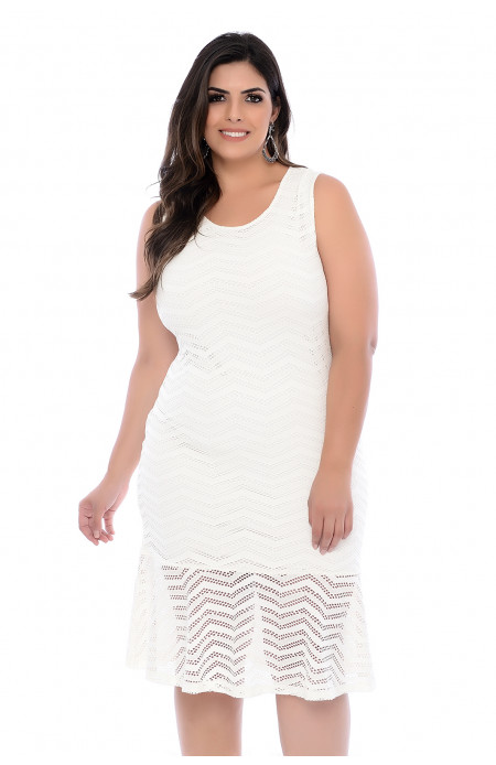 Vestido Plus Size Tela com Barrado Off-White